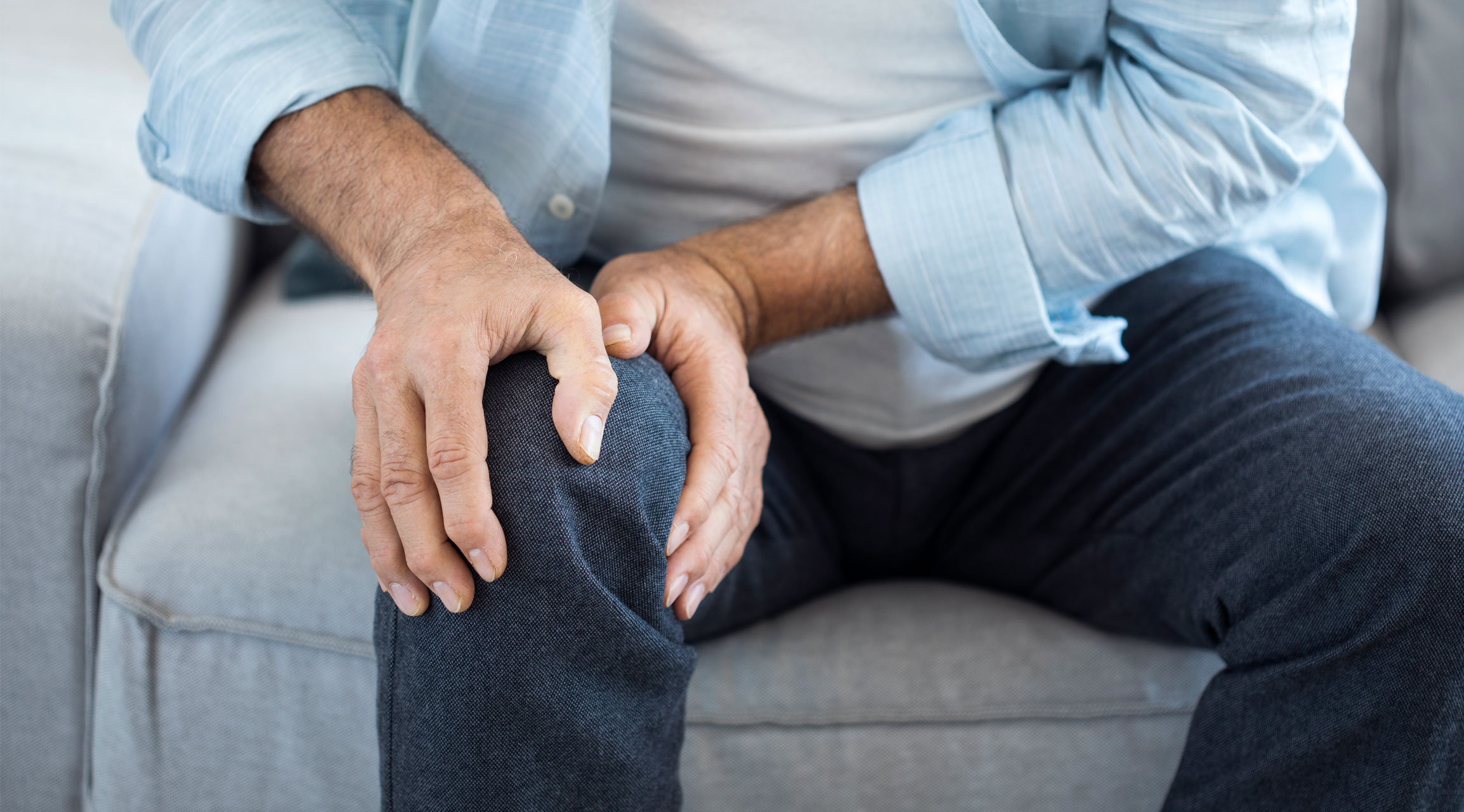 Learn about the reasons for knee pain
